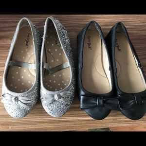 2 pairs of little girls shoes size 10